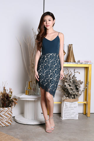 *TOPAZ* (PREMIUM) DONNA LACE ASYMMETRICAL DRESS IN FOREST