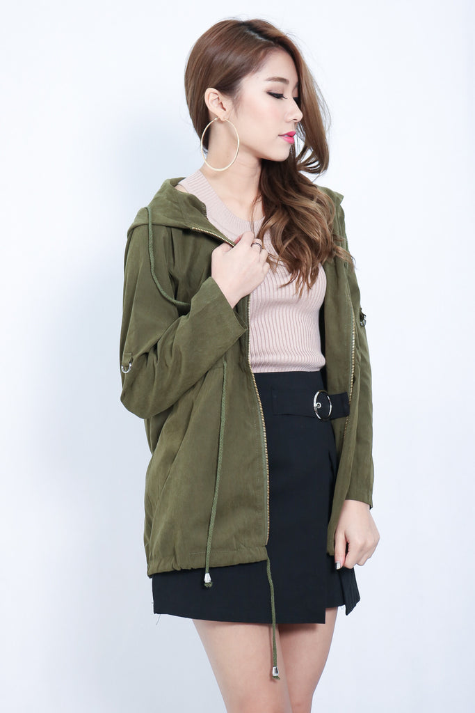 (RESTOCKED) EVERYDAY PARKA WITH HOOD IN ARMY GREEN - TOPAZETTE