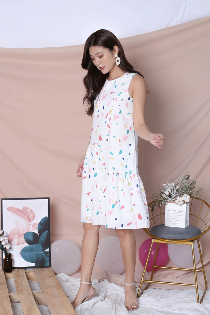 (PREMIUM) CONFETTI HI LOW HEM DRESS IN WHITE - TOPAZETTE