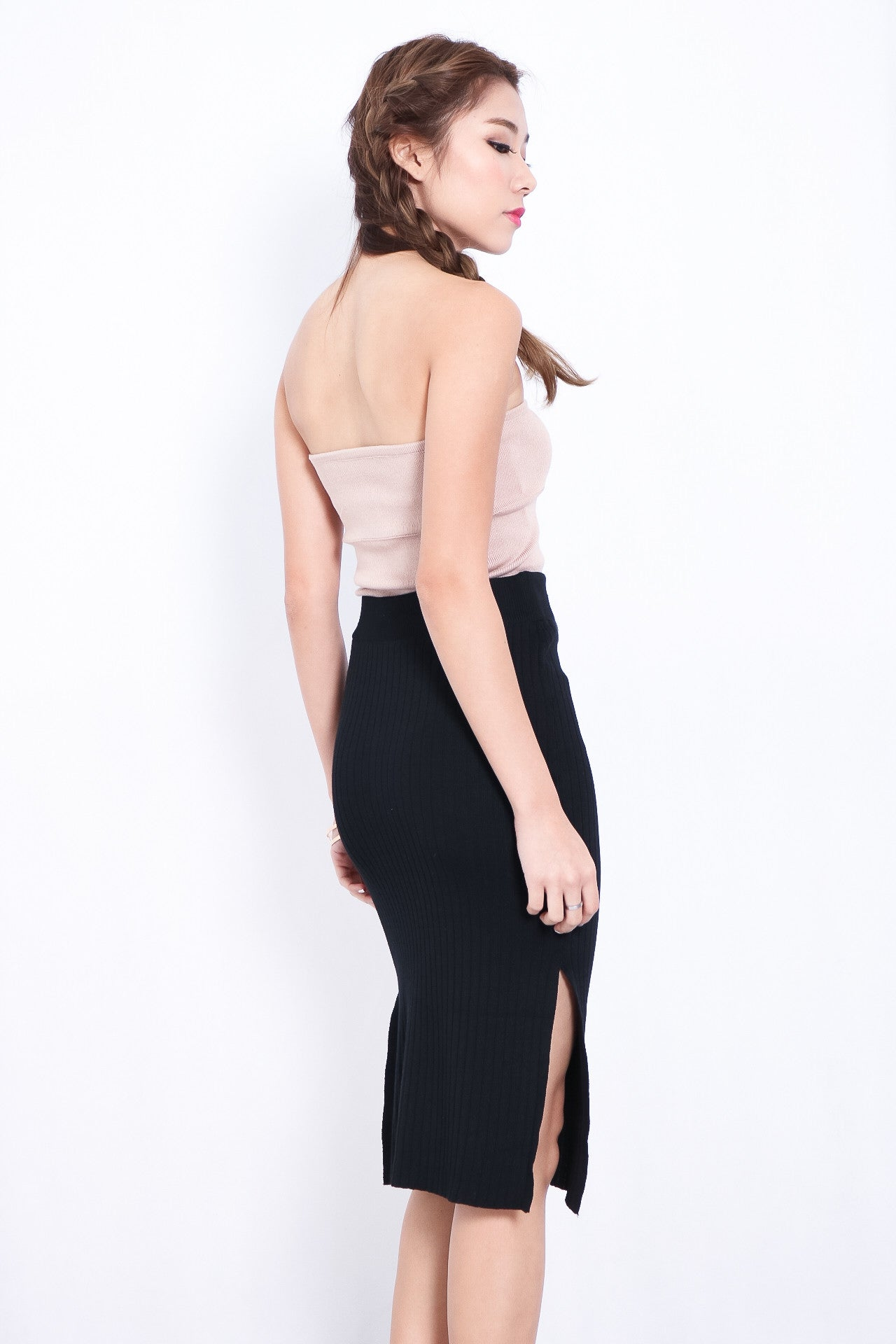 (RESTOCKED) DOUBLE SLIT KNIT SKIRT IN BLACK - TOPAZETTE