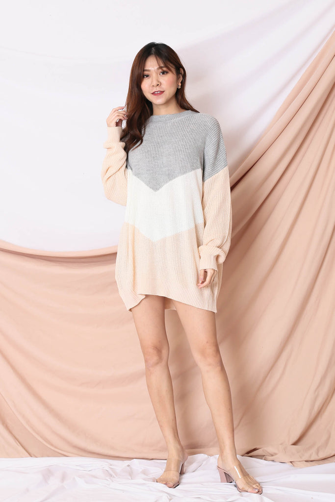 *BACKORDER* CAMMIE COLOUR BLOCK SWEATER (GREY/ PINK)