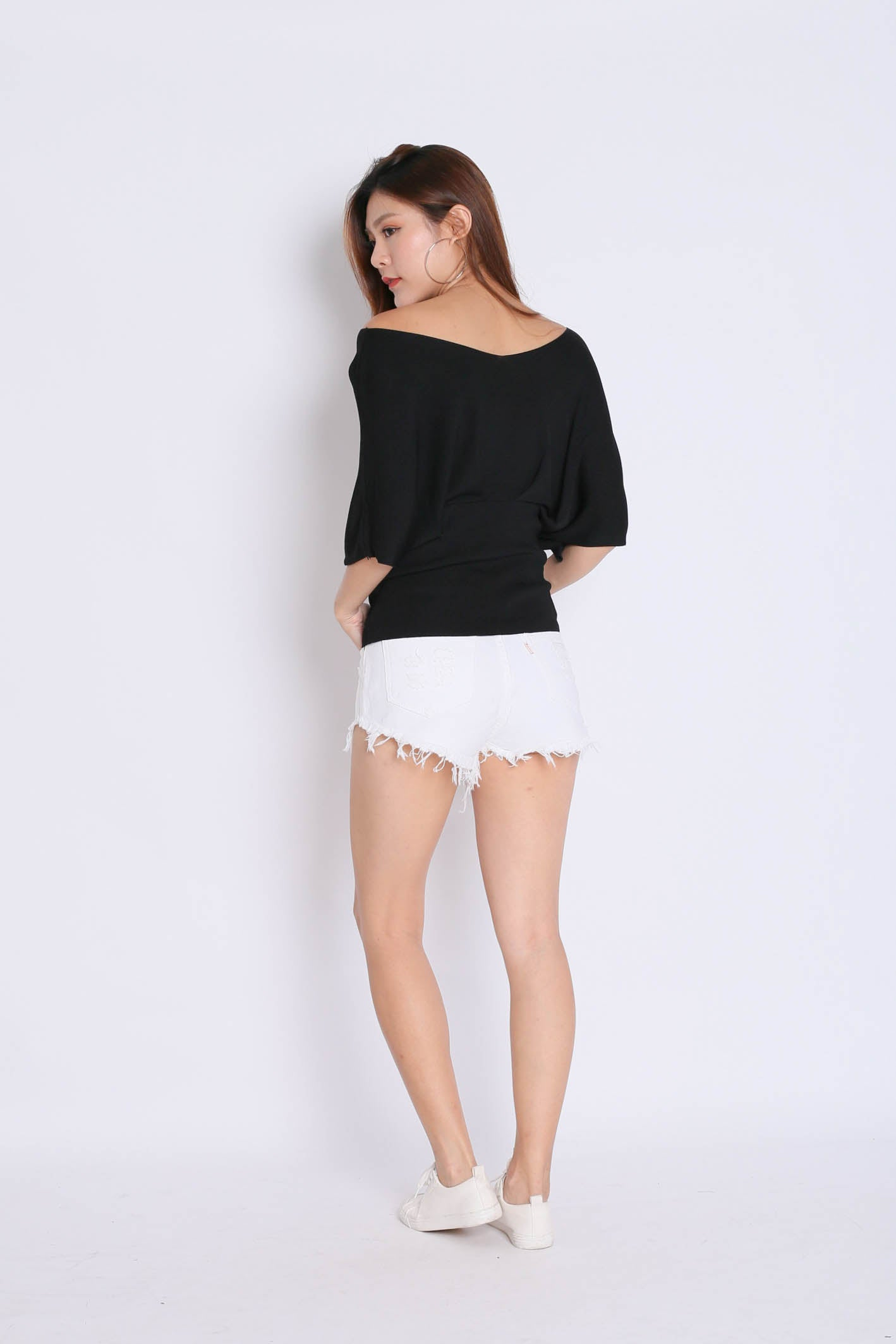 BASIC LOUNGE KNIT TOP IN BLACK