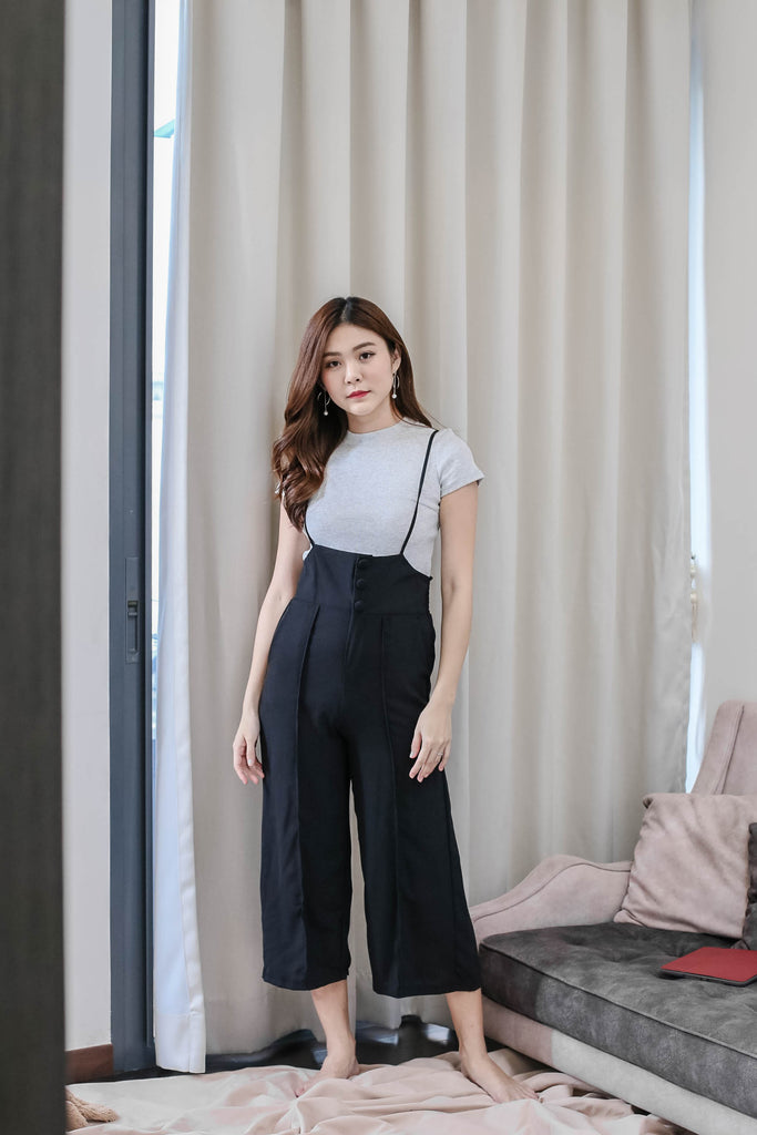 OCTAVIA DUNGAREE JUMPSUIT IN BLACK