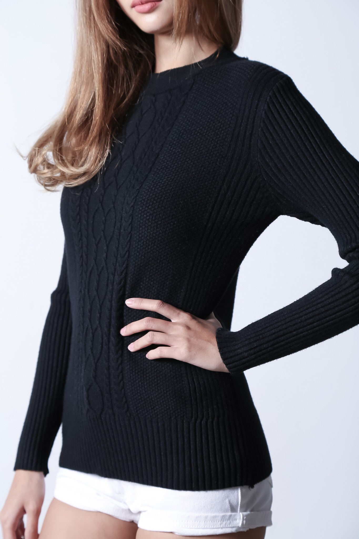 *RESTOCKED* VUITTON CABLE KNIT TOP IN BLACK - TOPAZETTE