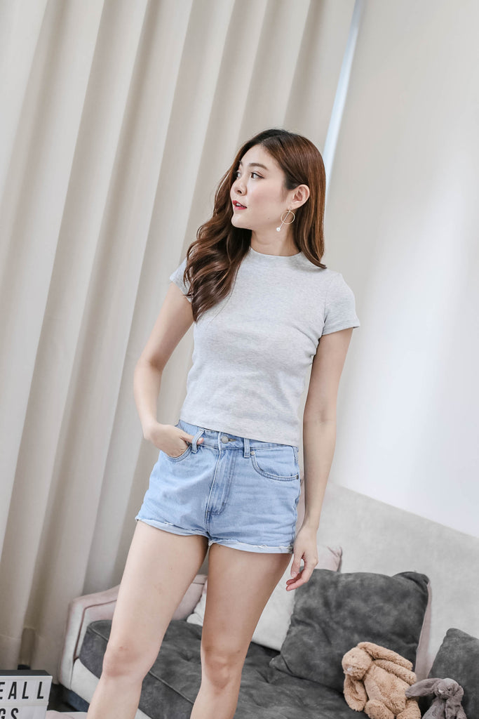*TPZ* YOUR BASIC KNIT TOP IN LIGHT GREY