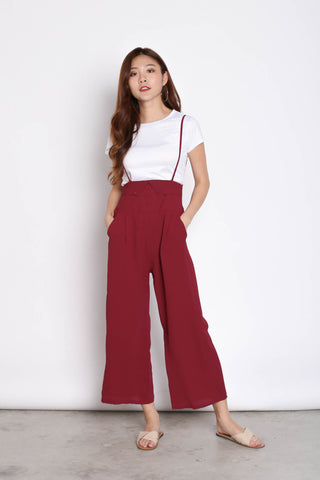 GITEL BUTTON DUNGAREE SET IN BURGUNDY