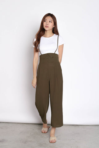 GITEL BUTTON DUNGAREE SET IN OLIVE