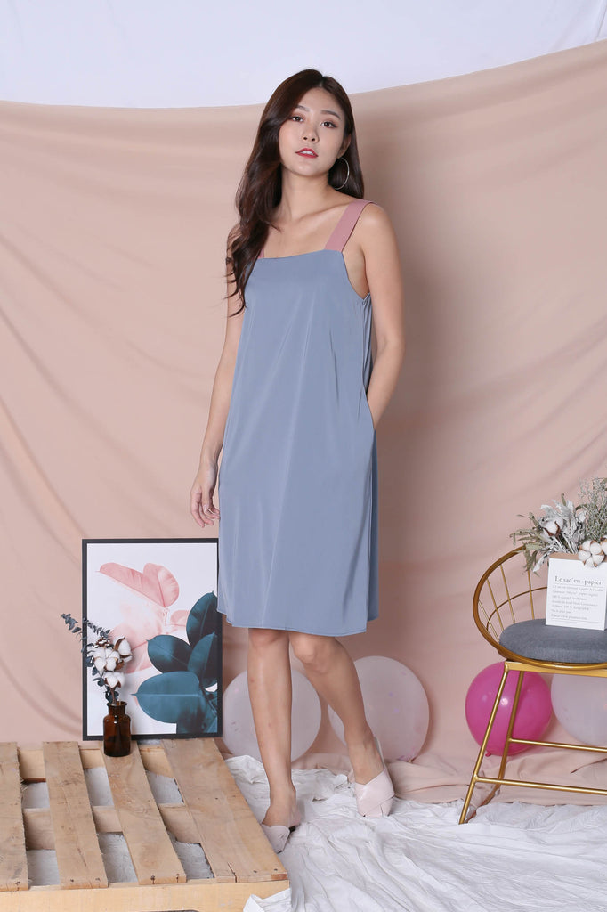 *TPZ* (PREMIUM) HELLIZ COLOURBLOCK STRAP DRESS (PINK/ STALE BLUE)