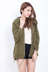 (RESTOCKED) EVERYDAY PARKA IN ARMY GREEN - TOPAZETTE