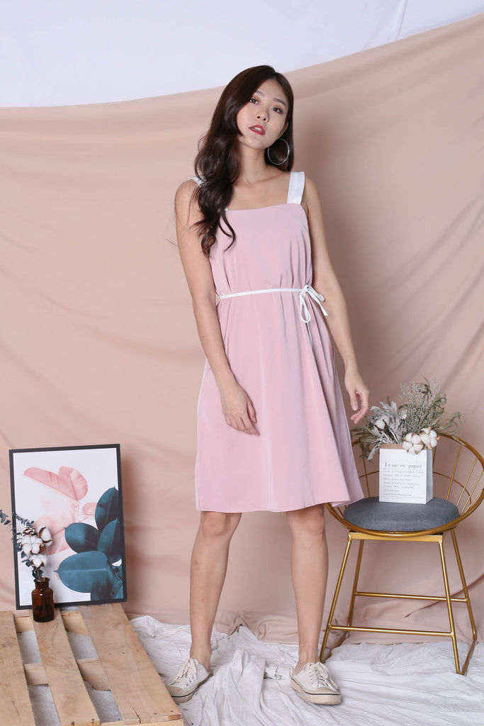 *TPZ* (PREMIUM) HELLIZ COLOURBLOCK STRAP DRESS (PINK/ WHITE) - TOPAZETTE
