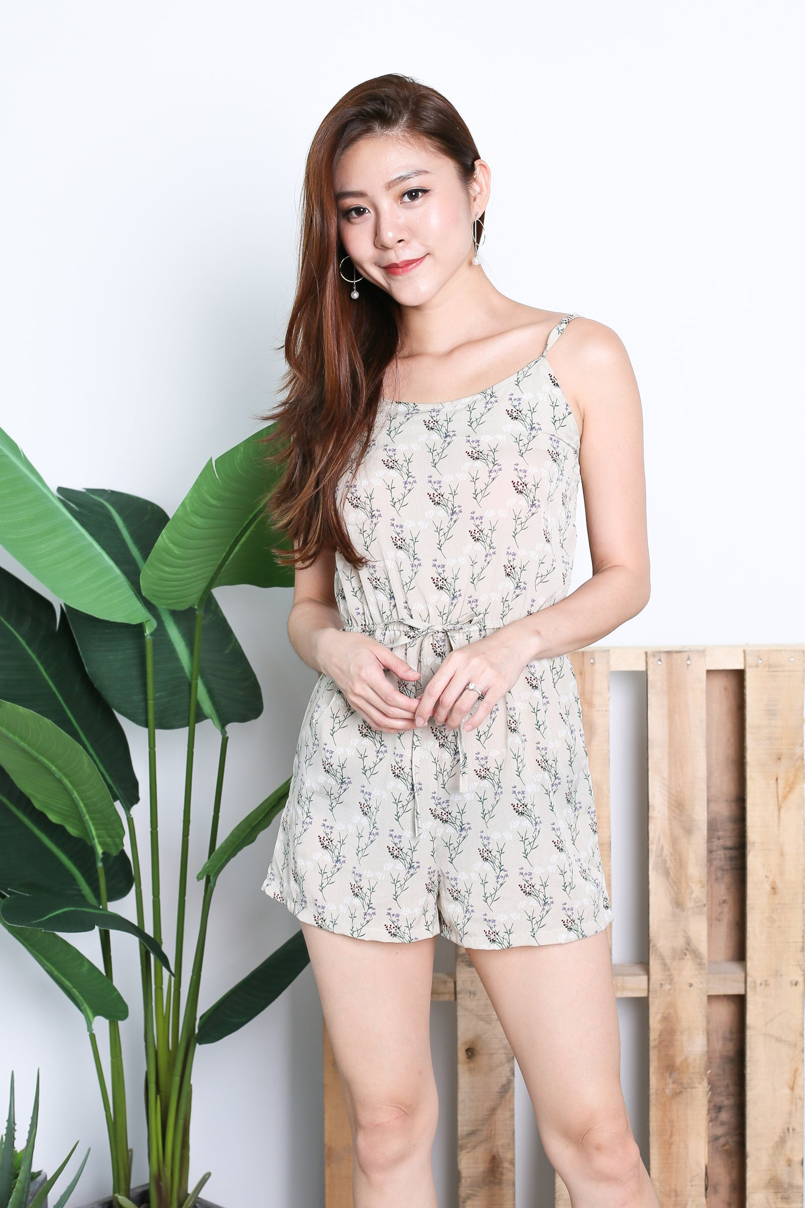ALICIA FLORAL ROMPER IN IVORY