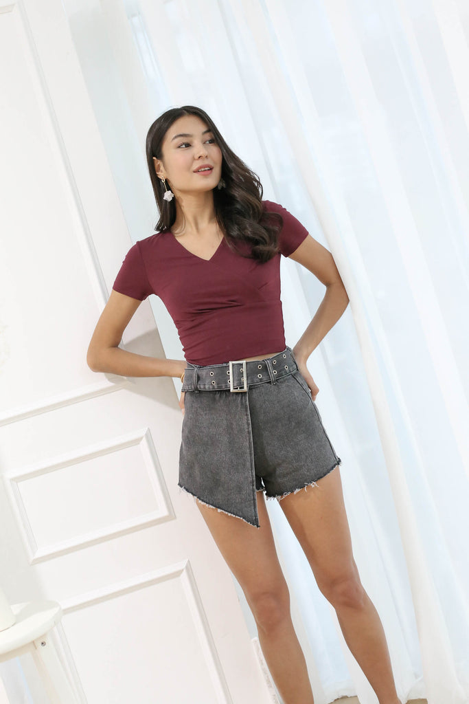 WINOLA DENIM SKORTS WITH BELT IN BLACK