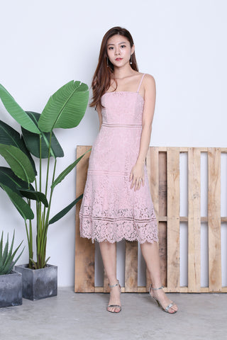 TOPAZ *PREMIUM* MIA LACE MIDI DRESS IN DUSTY PINK