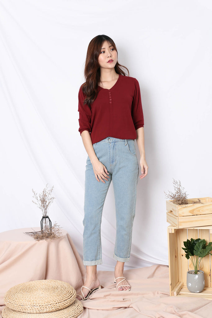 NORA KNIT TOP IN WINE