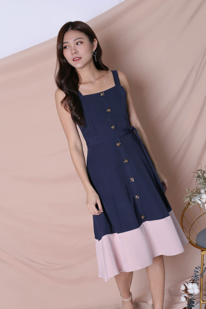 *TPZ* (PREMIUM) GAYEL BUTTON DOWN DRESS IN NAVY/ PINK - TOPAZETTE
