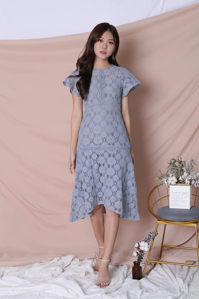 *TPZ* SZE CROCHET LACE DRESS IN DUSTY BLUE