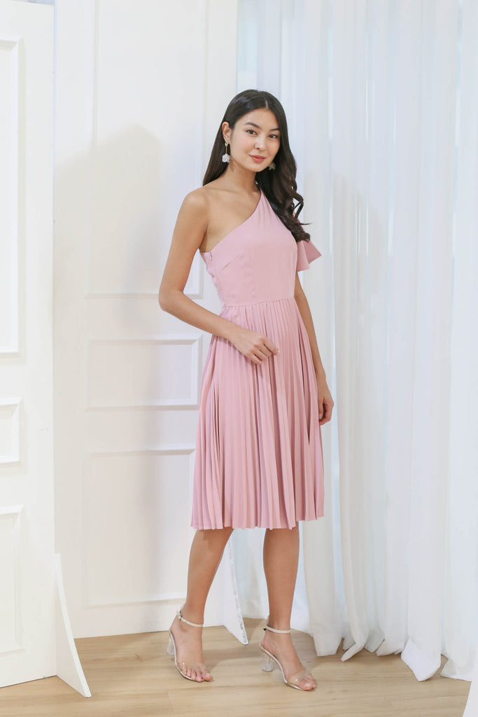 *TPZ* (PREMIUM) SELENE PLEATED TOGA DRESS IN DUSTY PINK