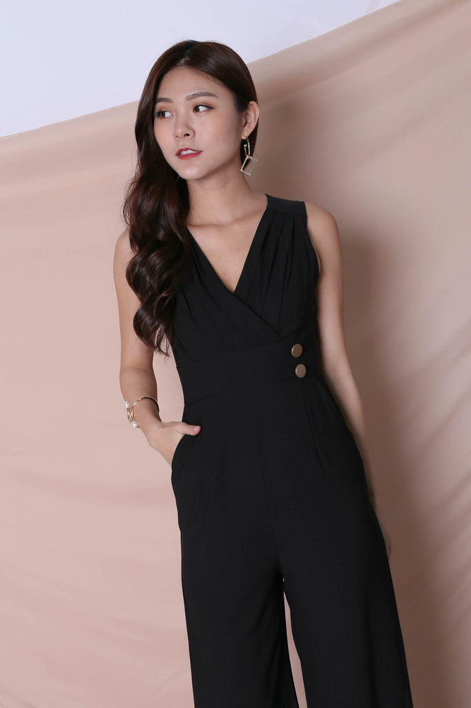 (BACKORDER) *TPZ* (PREMIUM) FIOZ JUMPSUIT IN BLACK - TOPAZETTE