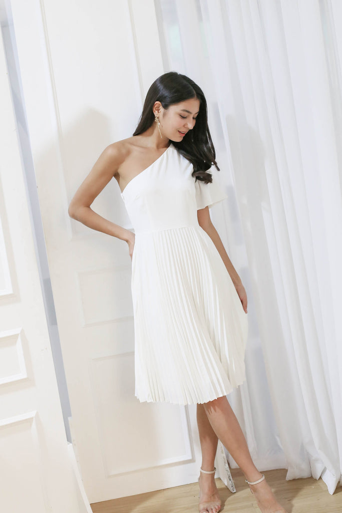 *TPZ* (PREMIUM) SELENE PLEATED TOGA DRESS IN WHITE