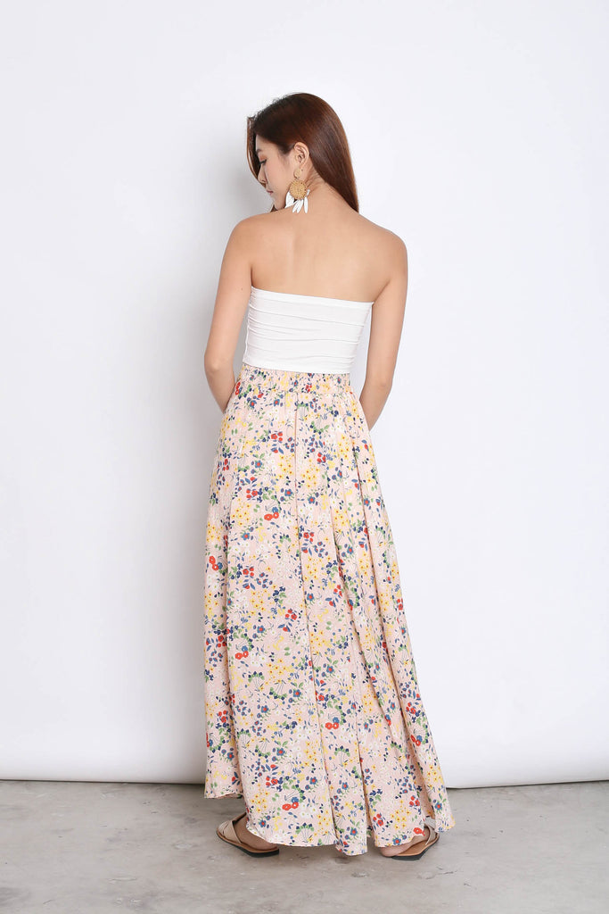 DAINTY FLORAL SKIRT IN FADED PINK - TOPAZETTE
