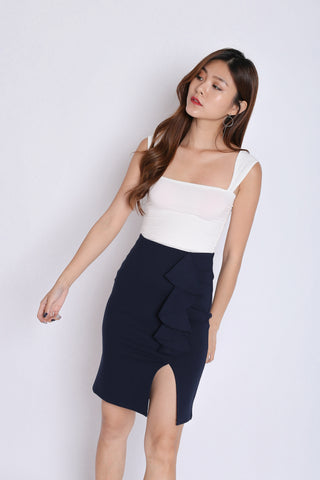 RUFFLES BODYCON SKIRT IN NAVY