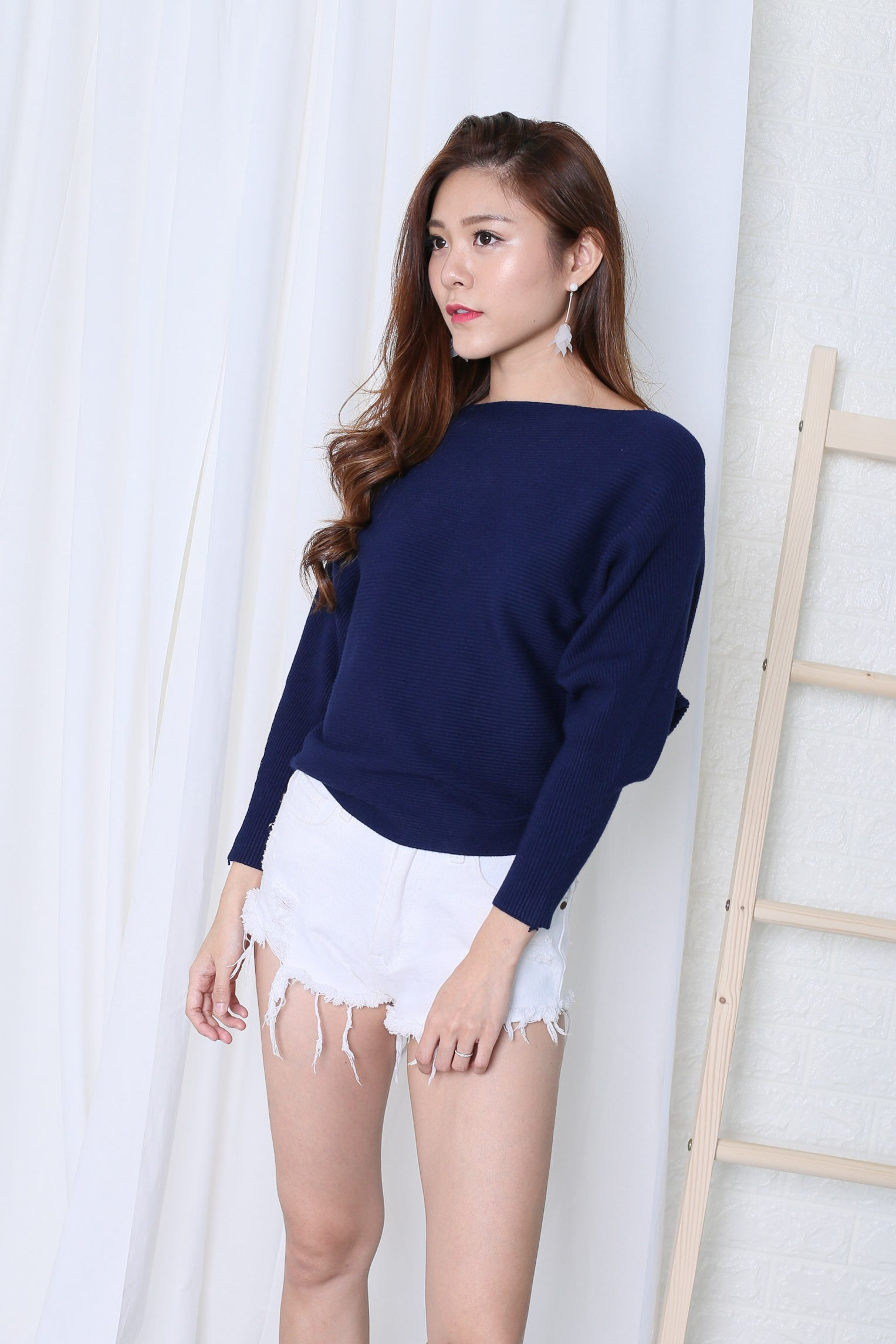 *RESTOCKED* LEIA SLOUCH KNIT TOP IN NAVY