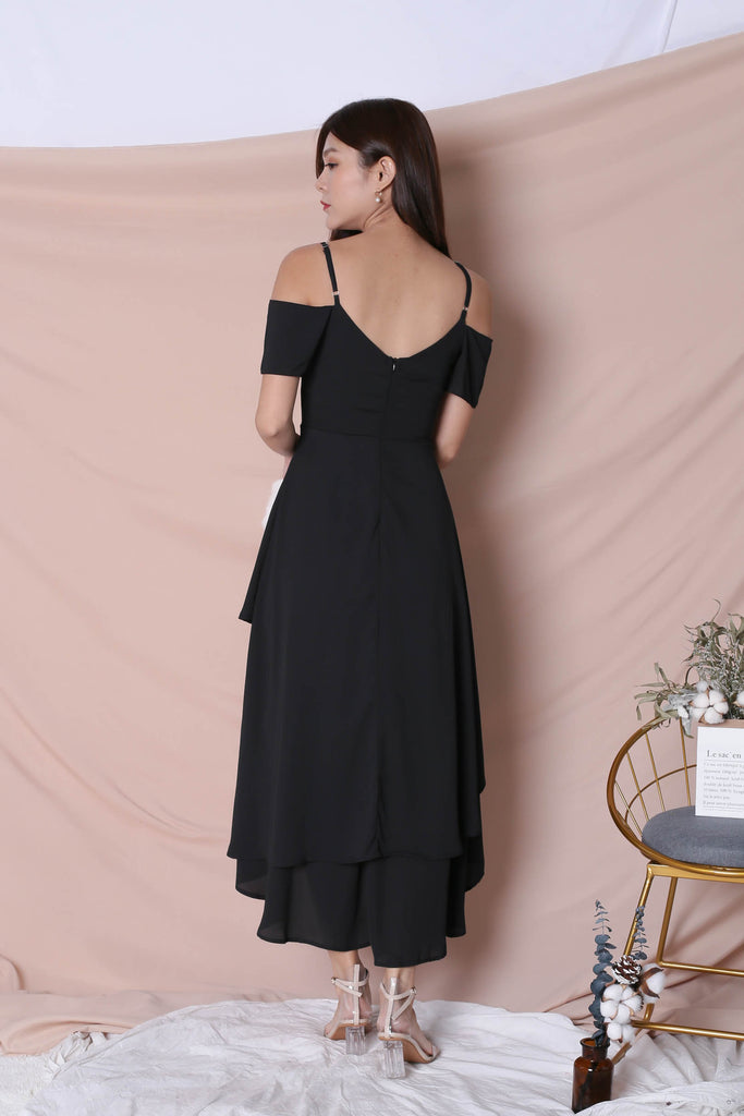 *TPZ* (PREMIUM) RENISE DRAPE TIER DRESS IN BLACK - TOPAZETTE