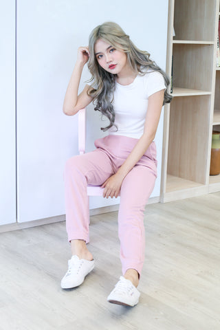 KNIT JOGGER PANTS IN PASTEL PINK