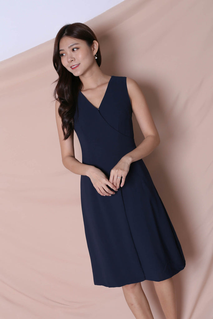 (BACKORDER) *TPZ* (PREMIUM) ULISSA OPEN BUTTON DRESS IN NAVY - TOPAZETTE