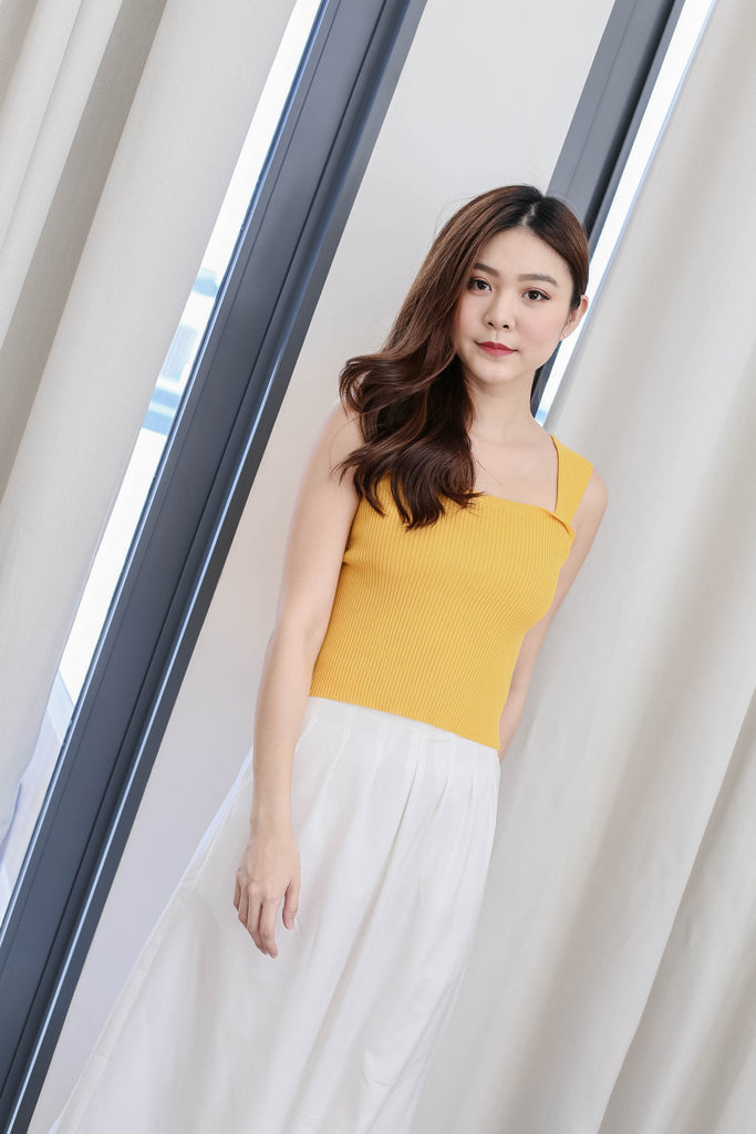 ZIN BASIC KNIT TOP IN MARIGOLD