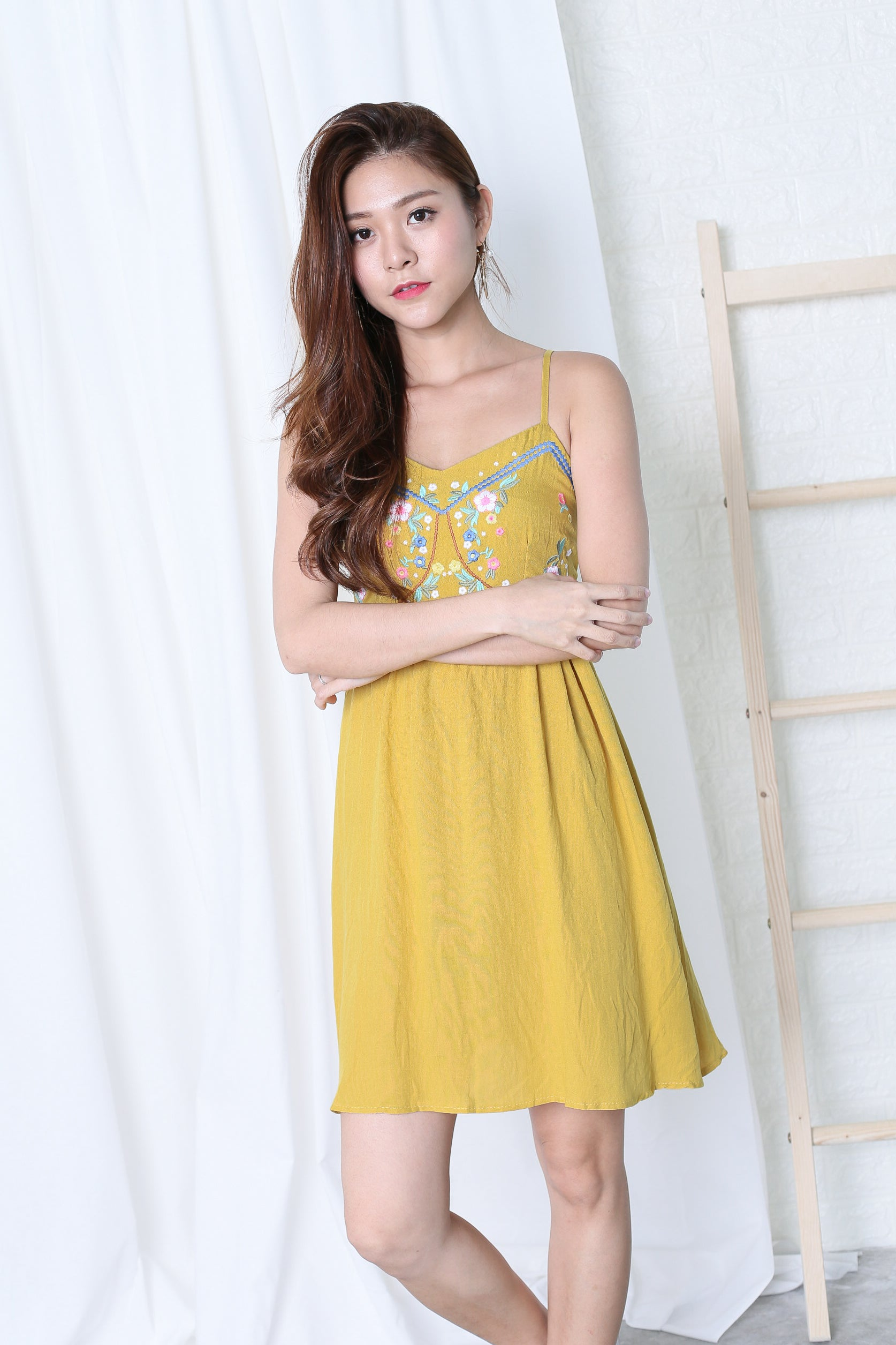 JOYRE EMBROIDERY DRESS IN MUSTARD