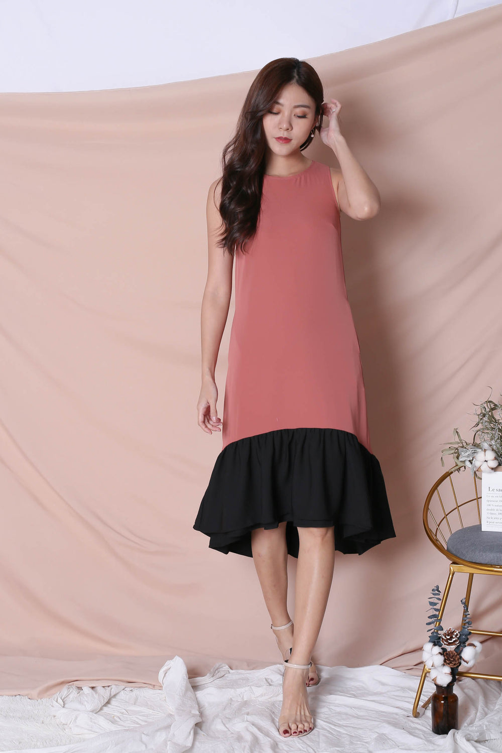 *TPZ* (PREMIUM) INNIS REVERSIBLE ASYMMETRICAL DROPHEM DRESS (BLACK/ TEA ROSE)