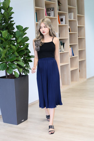 ERR DAY PLEATED CULOTTES IN NAVY
