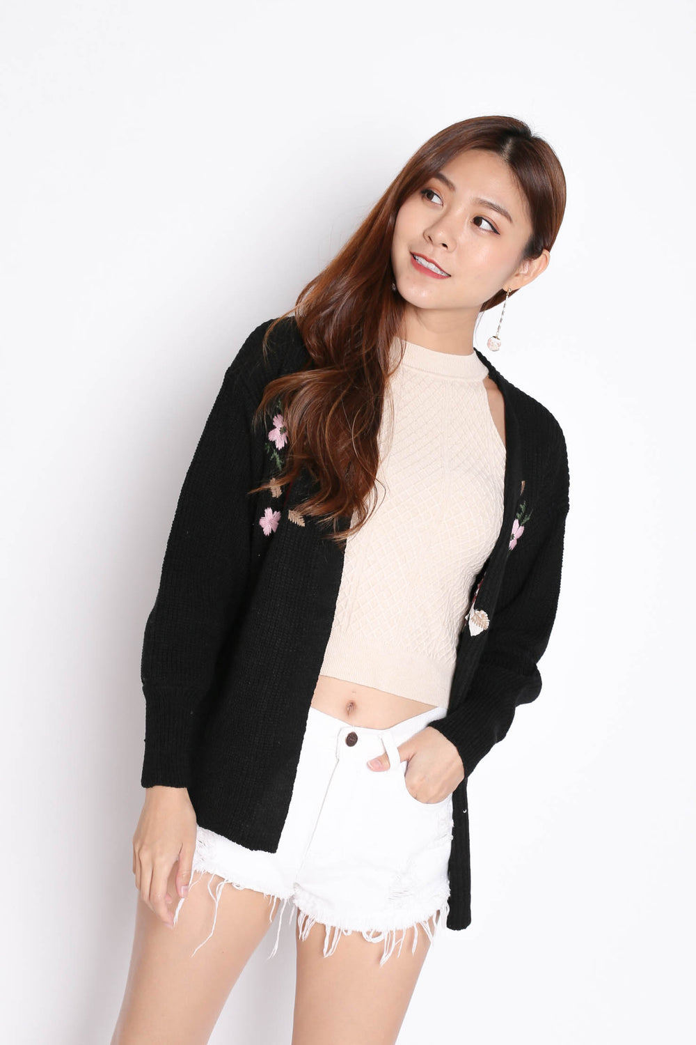 DILYS FLORAL EMBROIDERY CARDIGAN IN BLACK