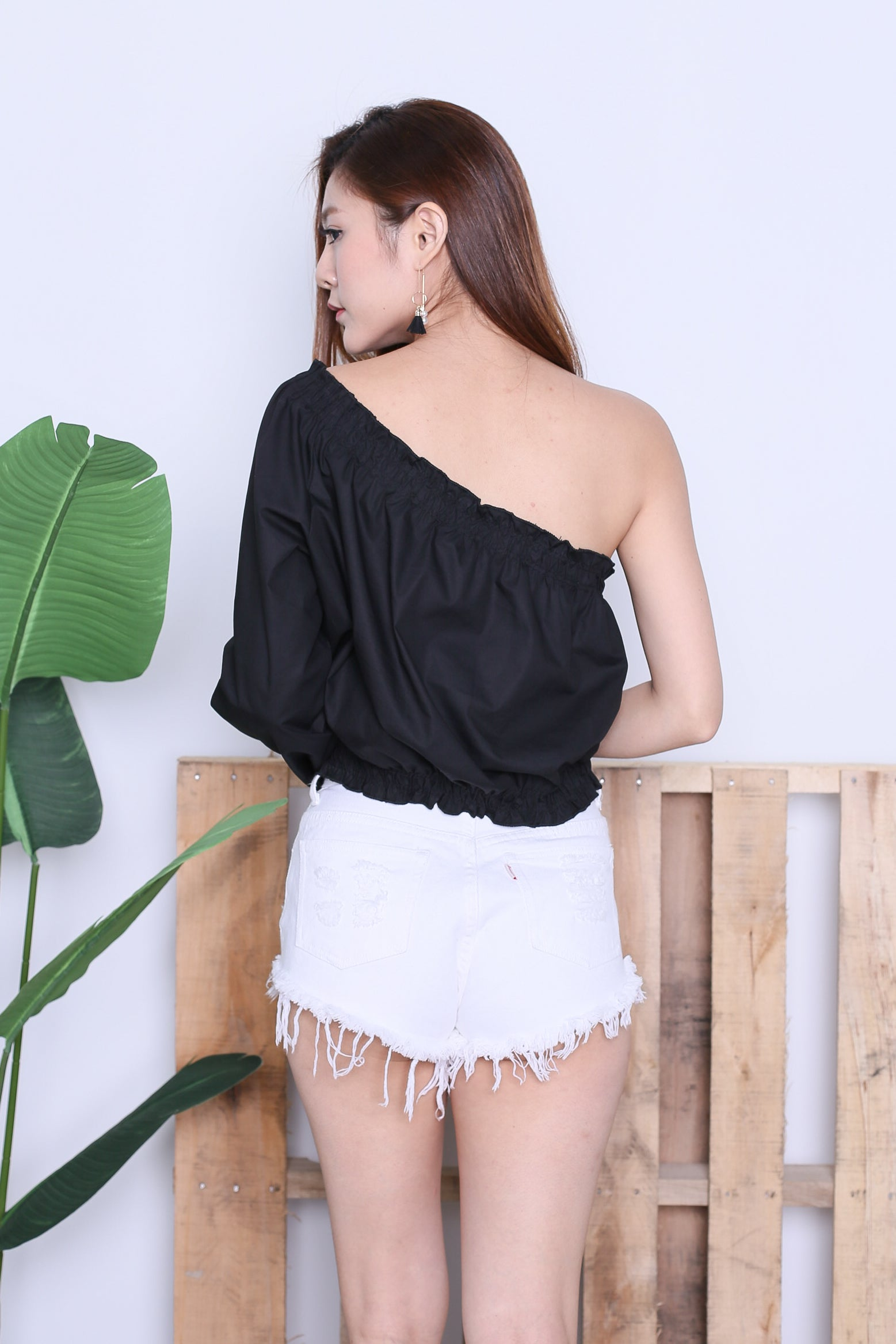 GAIA TOGA SMOCKED TOP IN BLACK