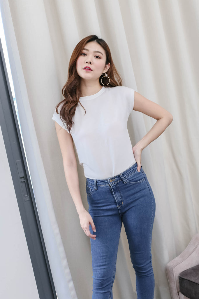 *TPZ* BACK TO BASIC TOP IN WHITE