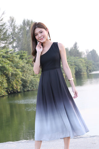 8d1a8d04344f (PREMIUM) AURORA OMBRE TOGA DRESS (BLACK  GREY)