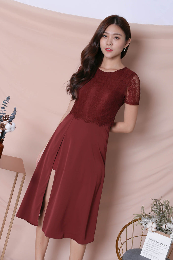*TPZ* (PREMIUM) MAYRA DRESS IN BURGUNDY - TOPAZETTE