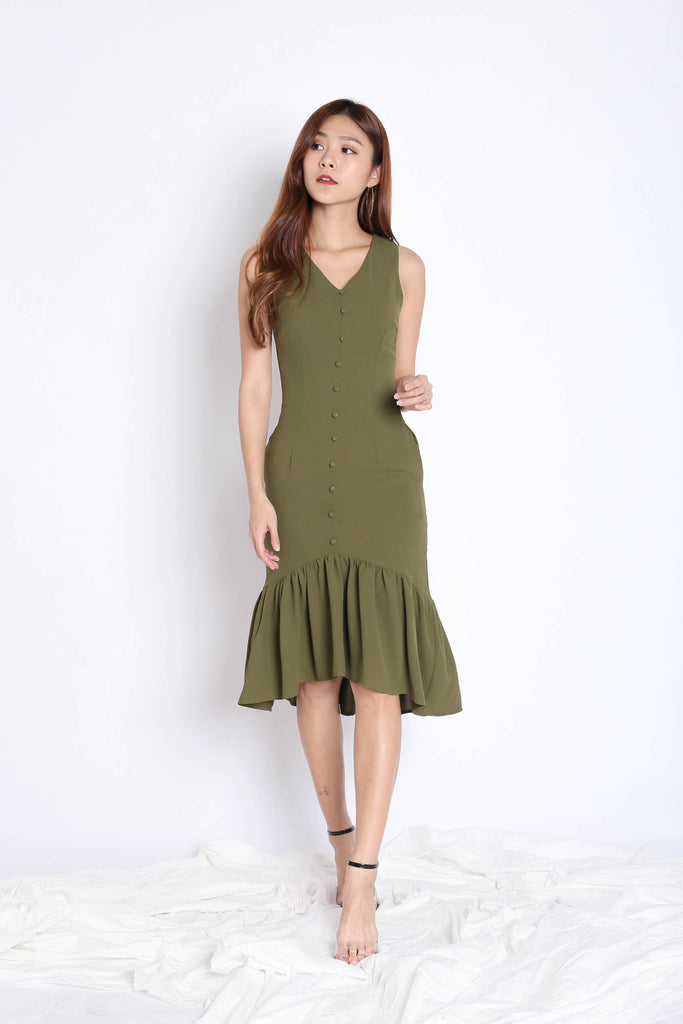 (PREMIUM) FAE BUTTON DROP WAIST DRESS IN OLIVE - TOPAZETTE