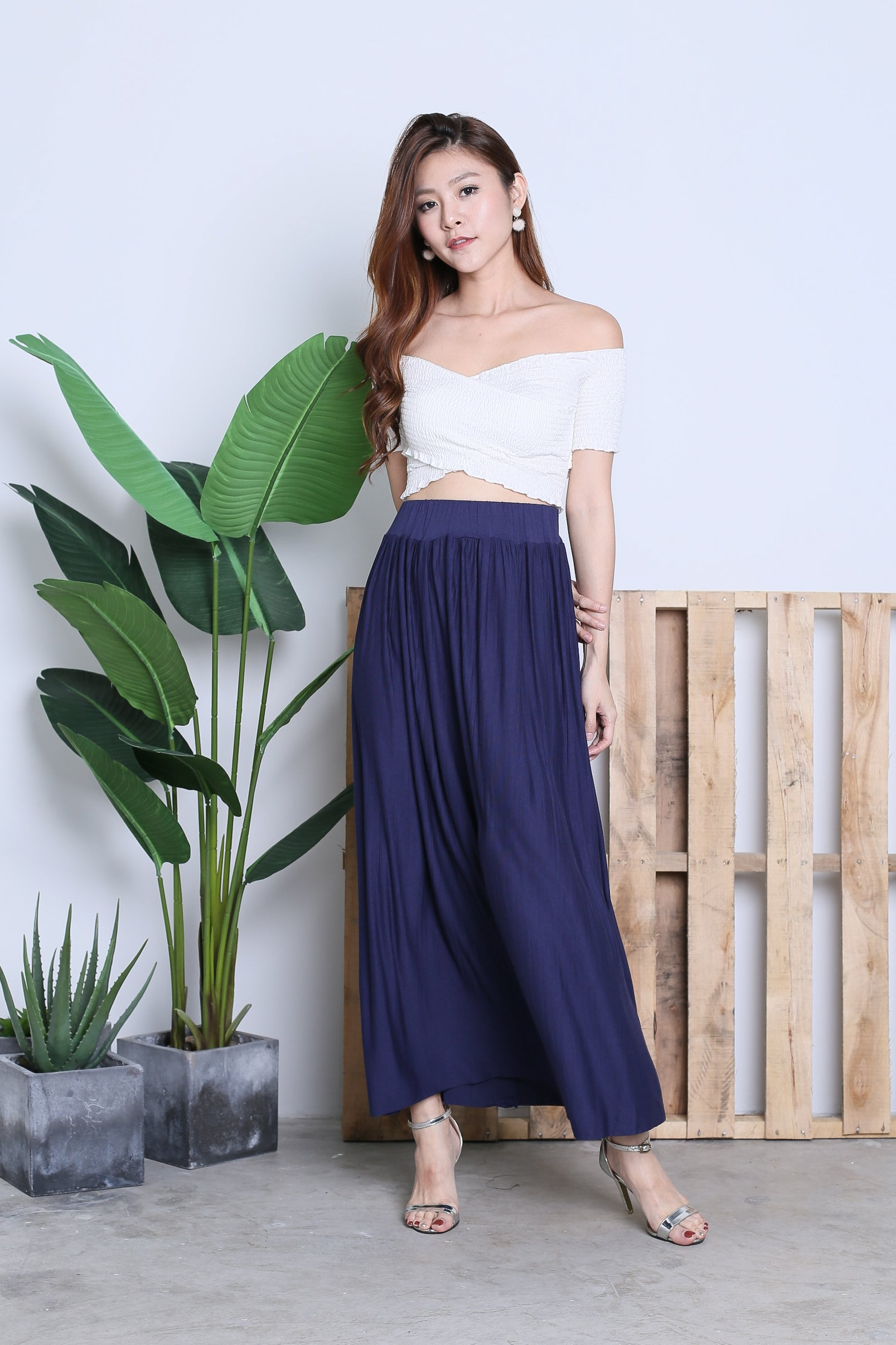 2f67a70d69 HARTLY PLEATED MAXI SKIRT IN NAVY – TOPAZETTE