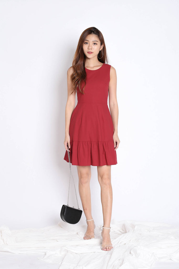 (PREMIUM) DOVA DRESS IN BURGUNDY - TOPAZETTE