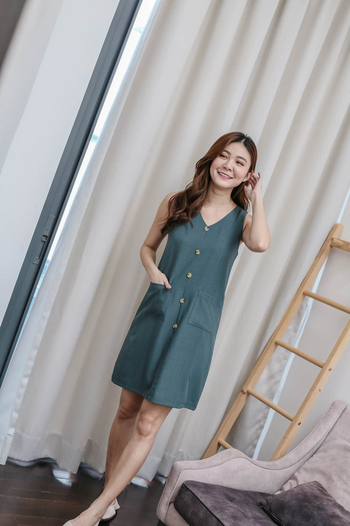 (PREMIUM) GEN TEXTURED DRESS IN GREEN
