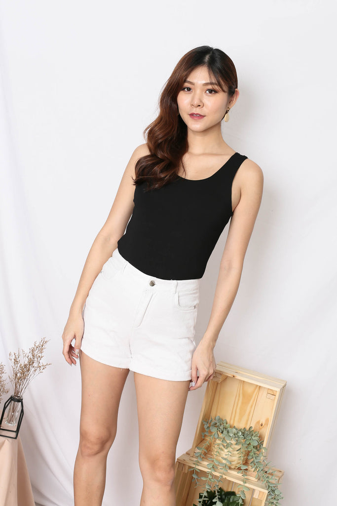 *TPZ* (PREMIUM) OLIVIA REVERSIBLE BASIC TOP IN BLACK