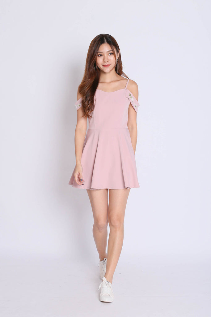 *TPZ* (PREMIUM) KAARI EMBROIDERY DRESS ROMPER IN DUSTY PINK - TOPAZETTE