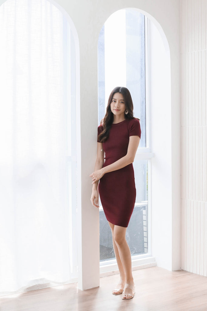 *BACKORDER* MELS KNIT DRESS IN BURGUNDY