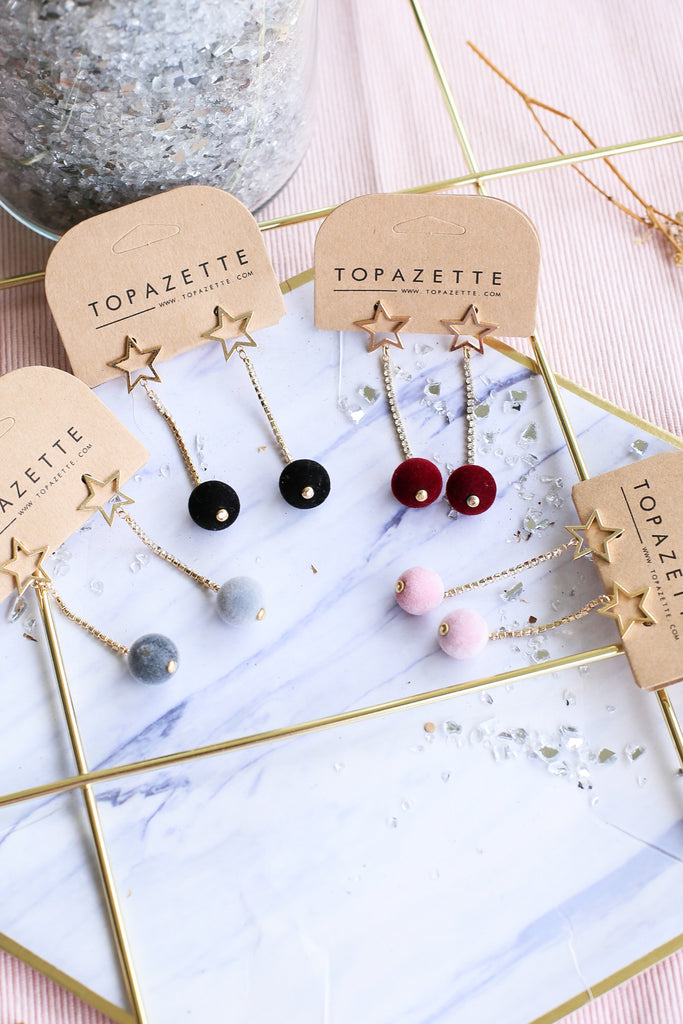STARS AND POM POM EARRINGS - TOPAZETTE