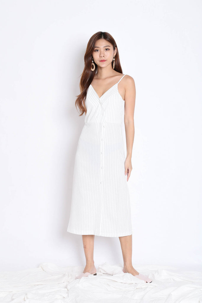 REIGN STRIPES BUTTON DRESS IN WHITE - TOPAZETTE