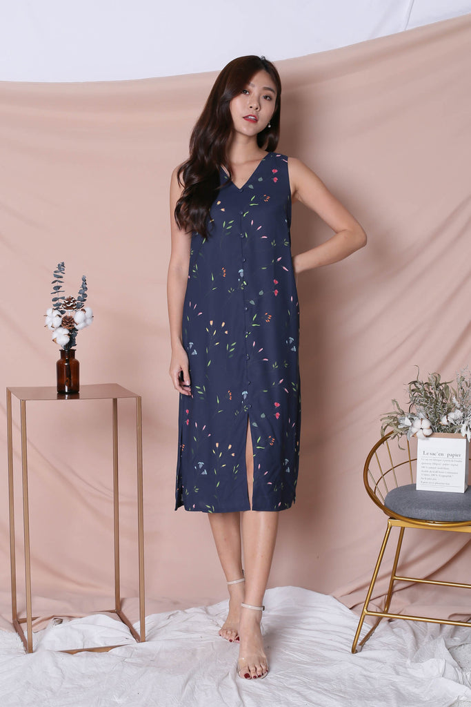 *TPZ* (PREMIUM) GELINE FLORAL DRESS IN NAVY