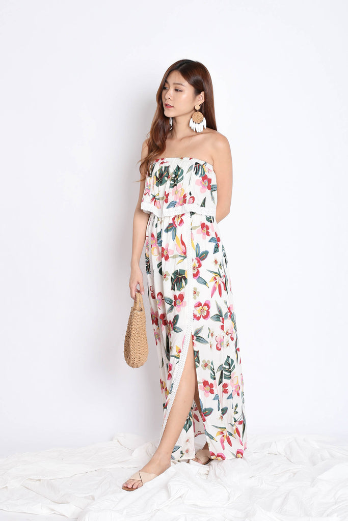 TILYS FLORAL MAXI IN OFF WHITE - TOPAZETTE