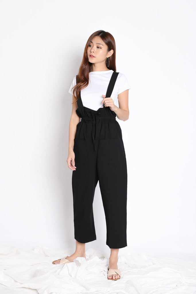 INSA DUNGAREE 2 PC SET IN BLACK - TOPAZETTE